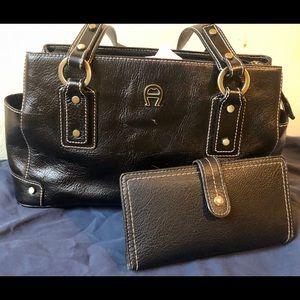 Etienne black handbag